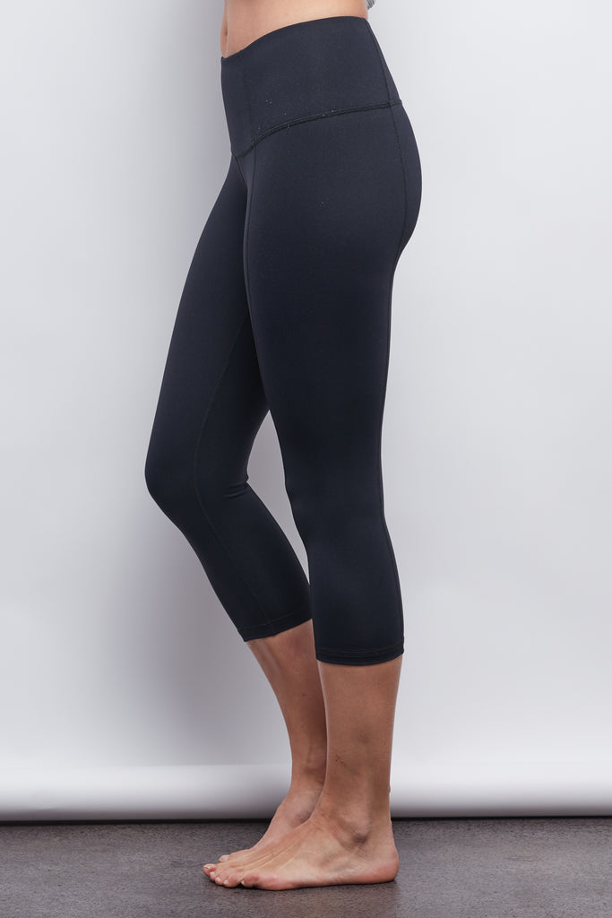 Black Contour Crop Legging - Plus Size - Haven Collective
