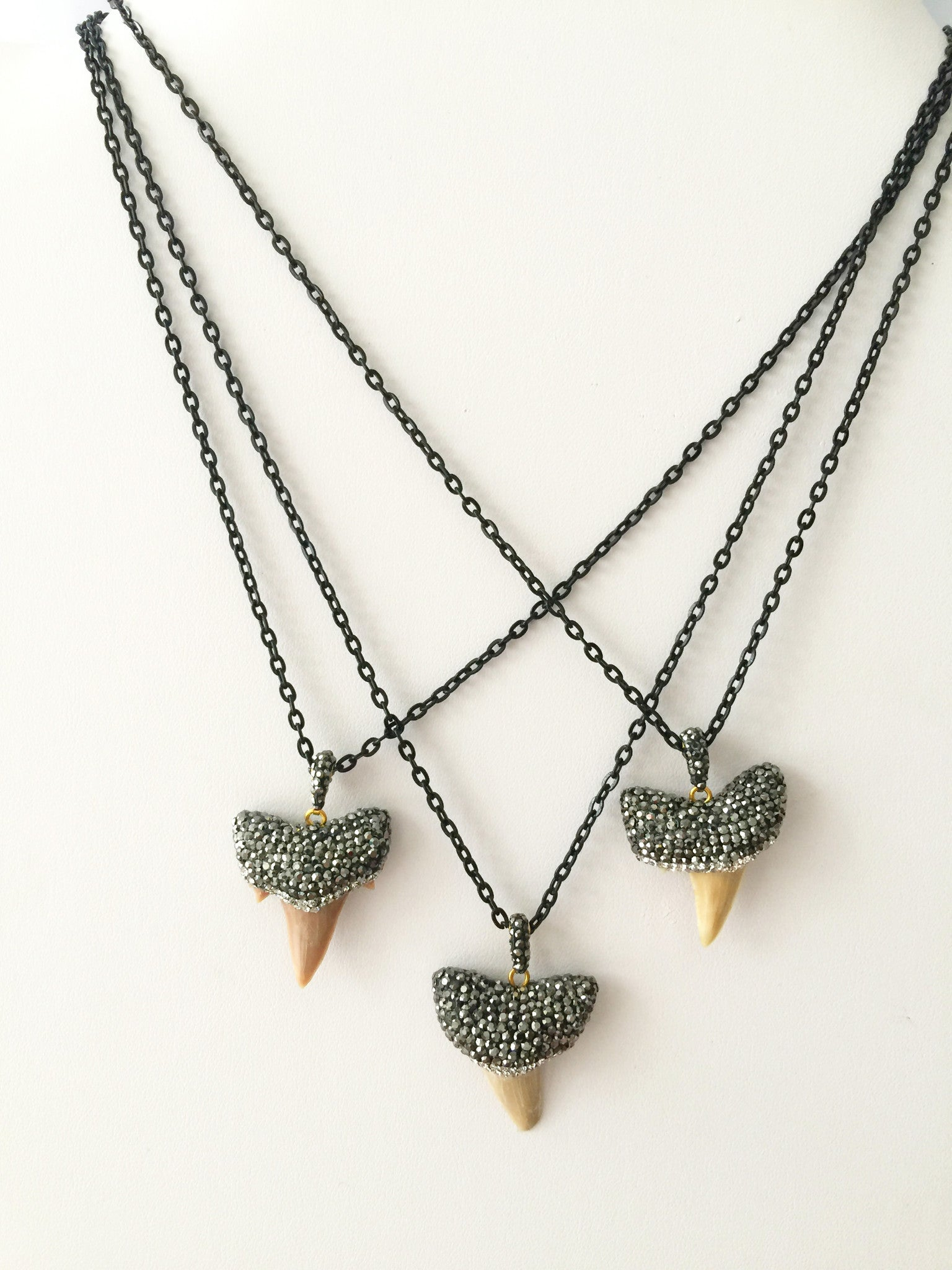 Pavé Sharktooth Necklace