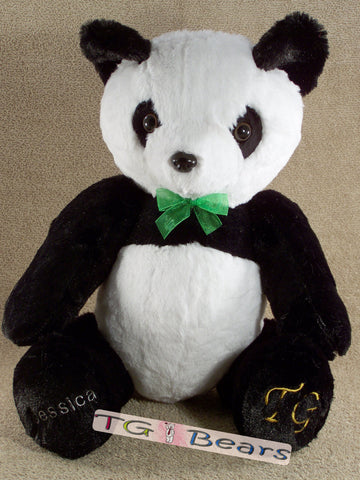 Dandy Bear is the panda bear of the TG Bears family.
