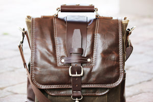 Vertical laptop messenger bag - briefcase - 010115