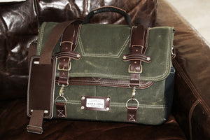 Waxed Canvas Messenger bag - laptop bag - 010116