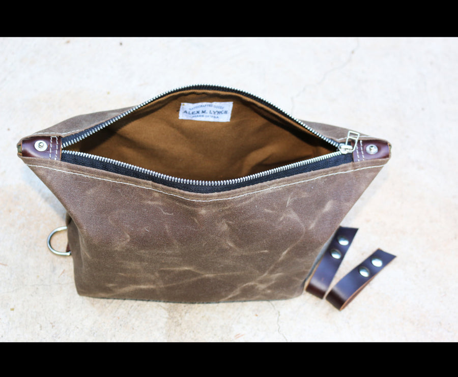Expandable Dopp Kit - toiletry bag