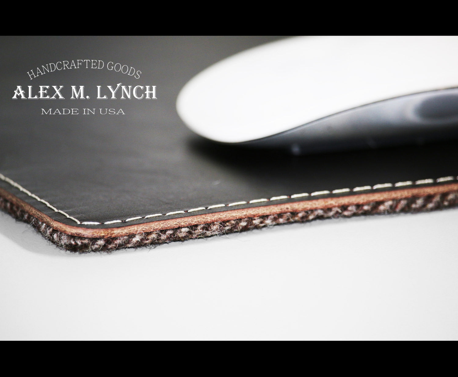 Leather mouse pad - wool herringbone combination. Product image 1 ...