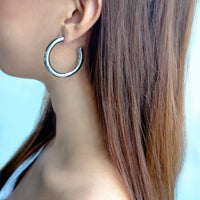 Faye Mini Silver Hoop Earrings - Wanderlust + Co
