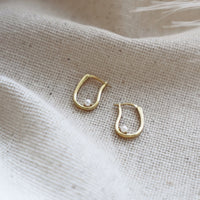 Pocketful Pearl Gold Earrings