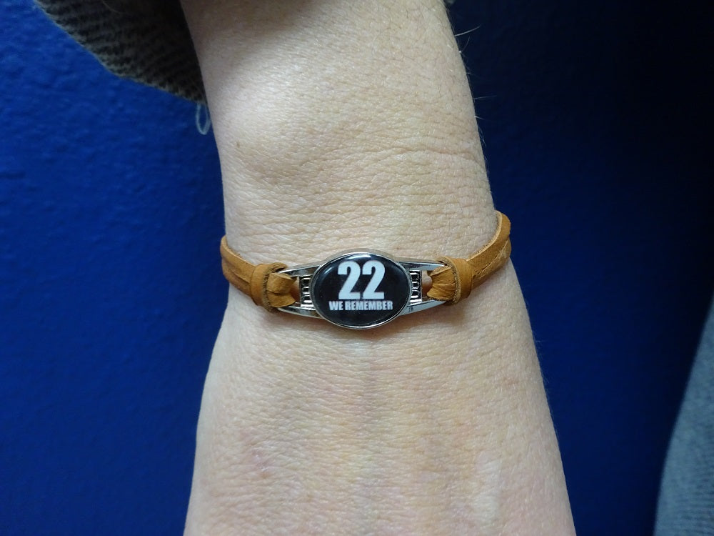 We Remember 22 Lady Leather Bracelet