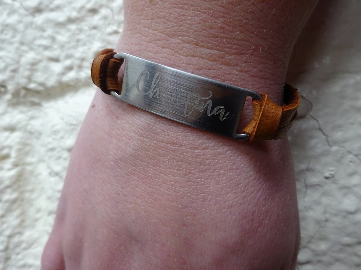 Cursive Leather Name Bracelet
