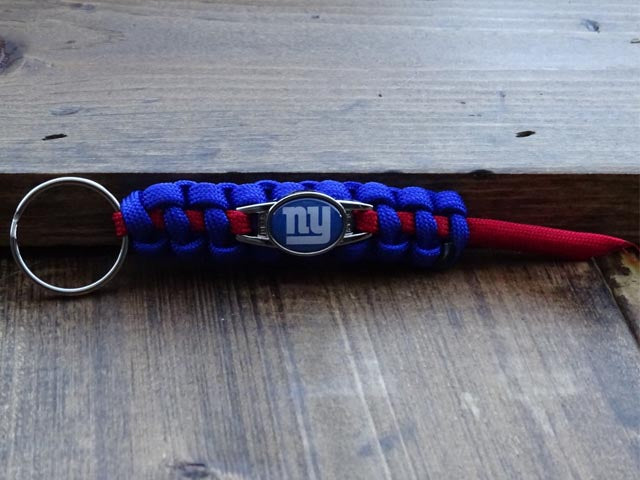 Officially Licensed New York Giants NFL Paracord Mini Keychain
