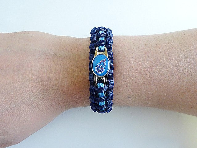 Officially Licensed NFL Tennessee Titans Paracord Bracelet