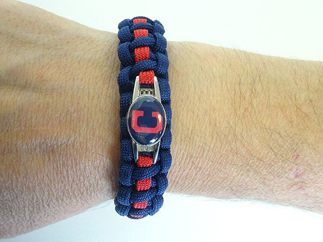 Officially Licensed MLB Cleveland Indians Paracord Bracelet