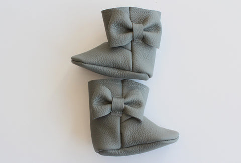Bow Boot In Grey