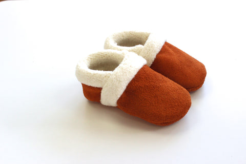 Sherpa moccasin in Rust Suede