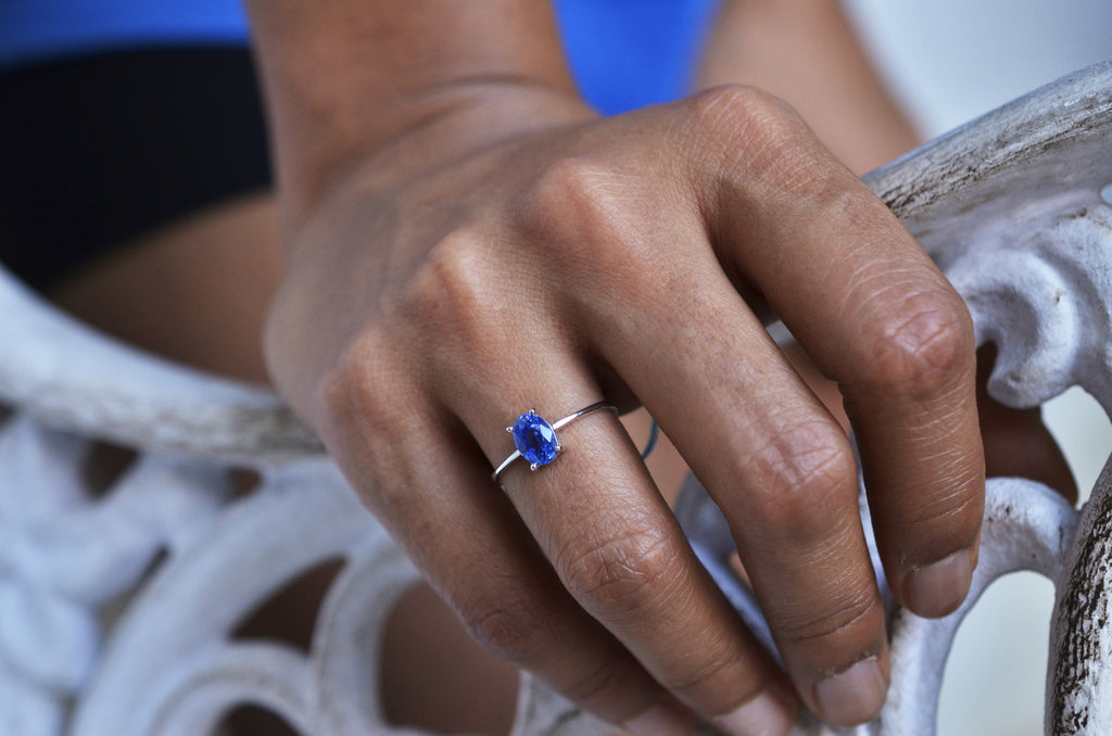 blue sapphire box prong ring