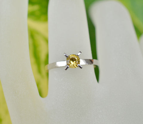 Natural yellow sapphire ring in 18K white gold