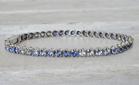 White and Blue Sapphire Bracelet in 18K White Gold
