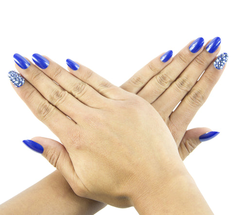 """Blue Me Away"" Oval Nails"