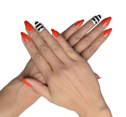 """Fierce Feline"" Stiletto Nails"