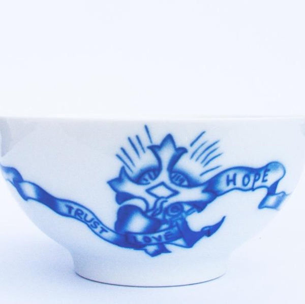 By Mutti Schüssel Tattoo Motiv -Tattooed Porcelain Bowl