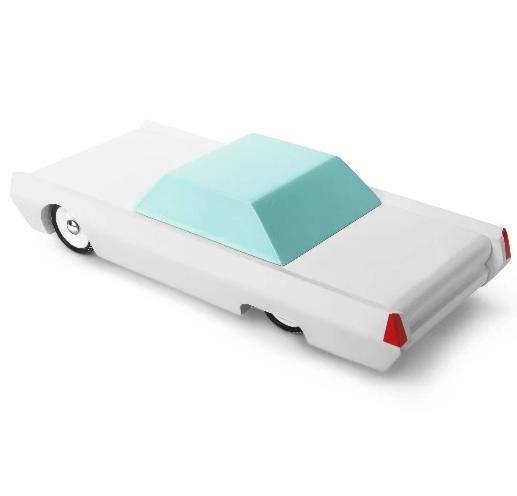 candylab-toys-white-beast-sleeper-car-muscle-car-american-classic-car