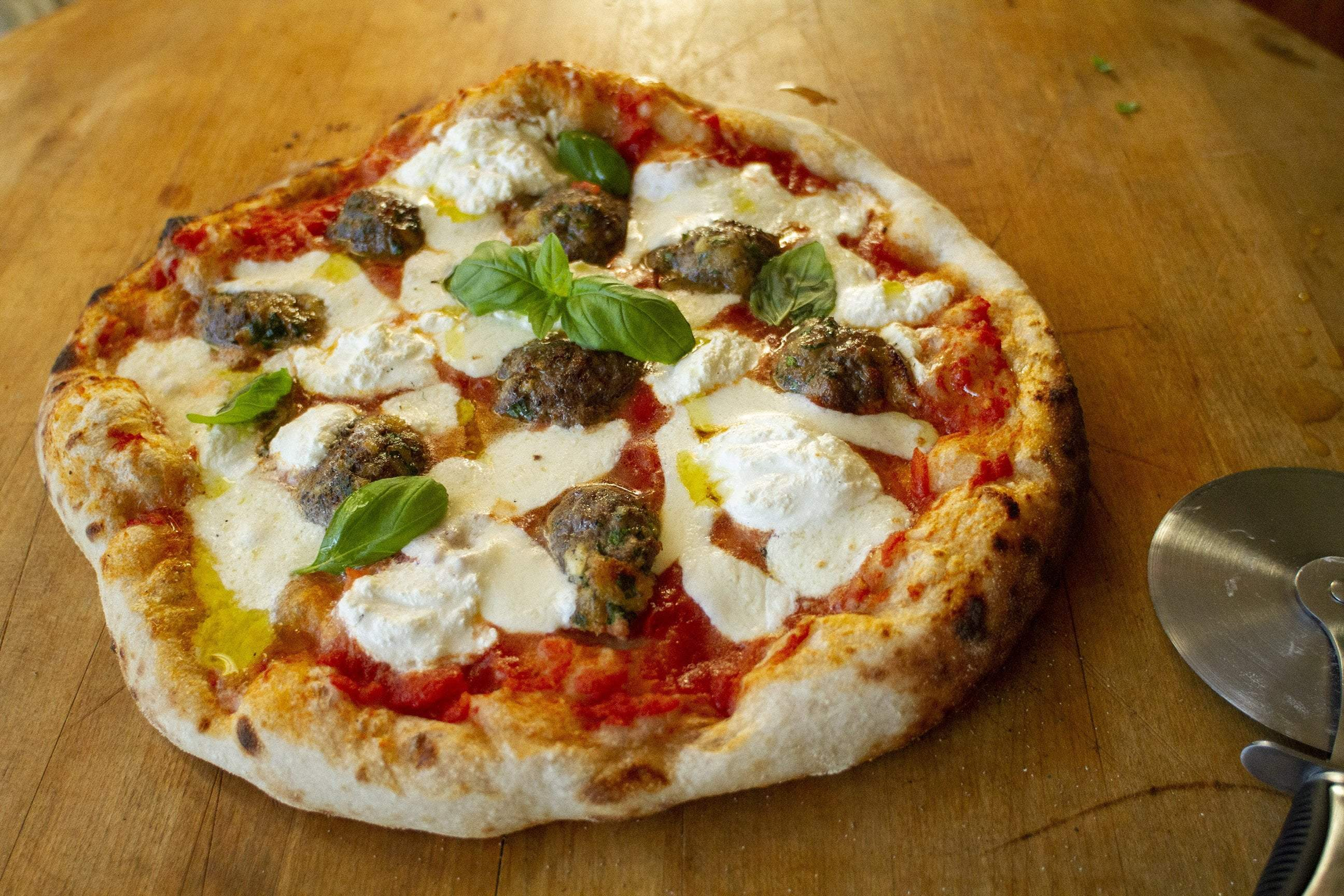Meatball, Ricotta & Basil Pizza Featured Image