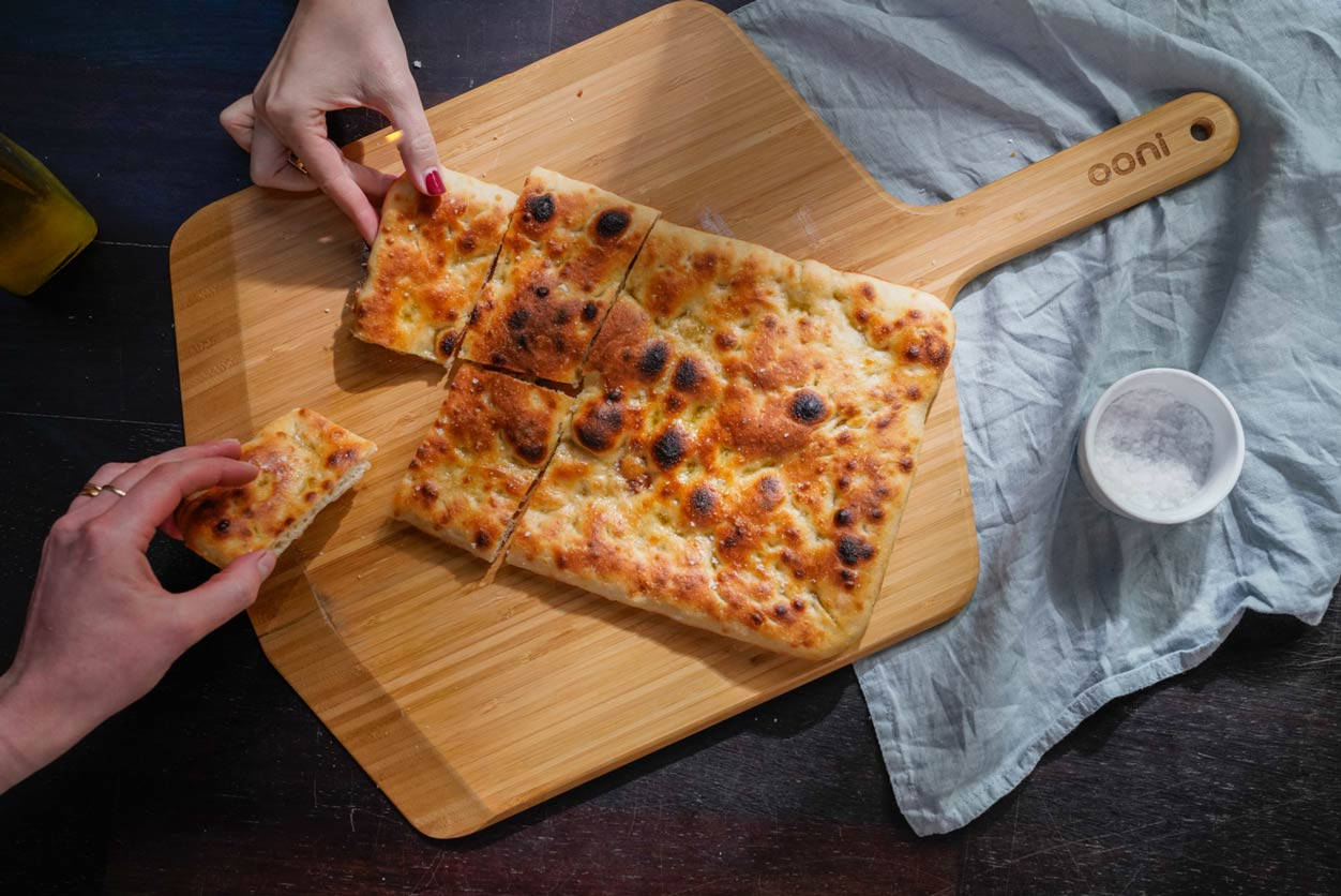Roman-style Pizza Bianca Featured Image