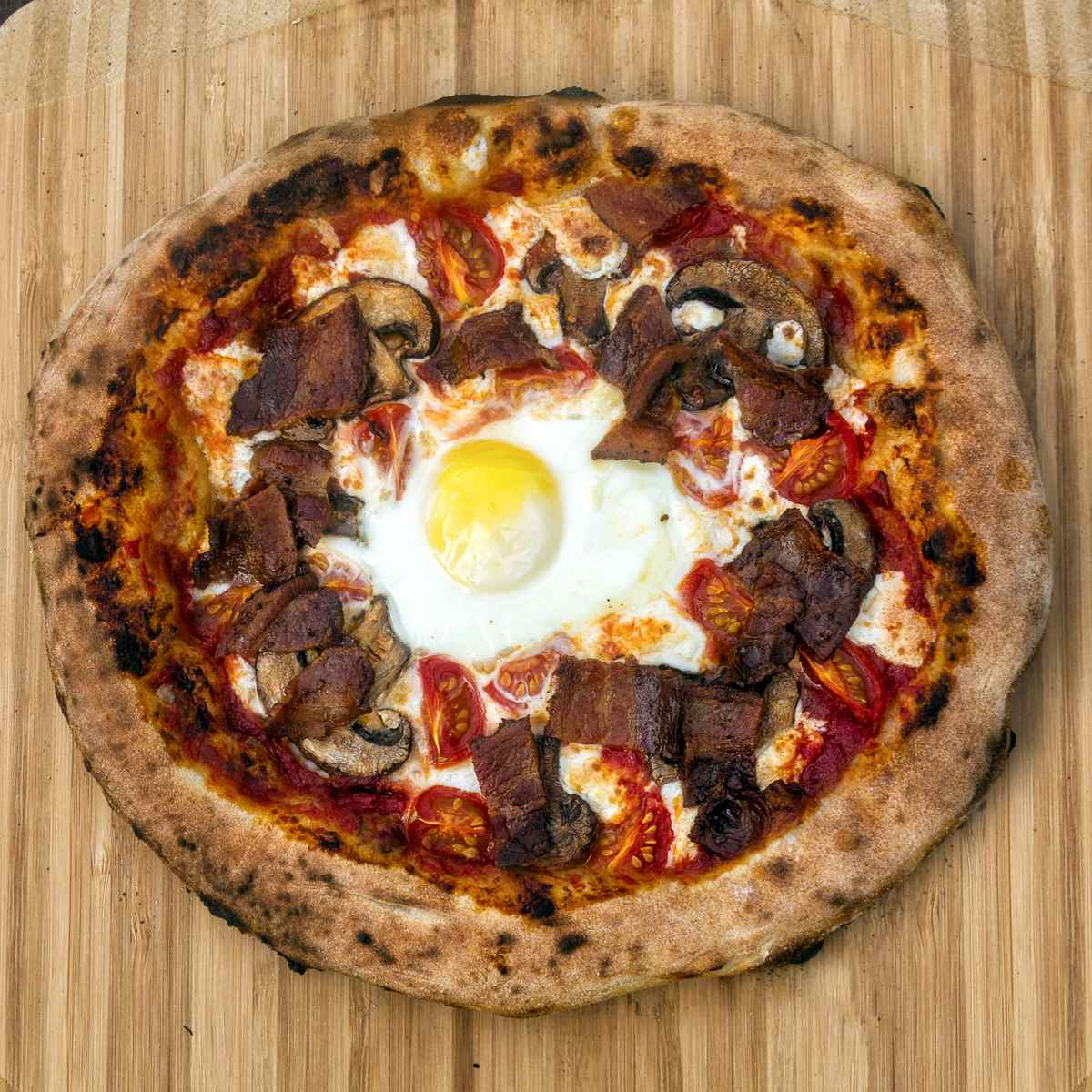 Ultimate Breakfast Pizza Featured Image