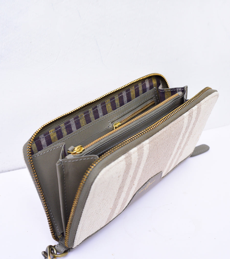 Canvas Wallet