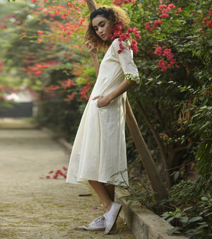 PORCELAIN IVORY DRESS