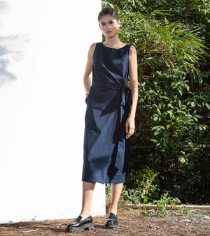 Night Queen Midi Dress