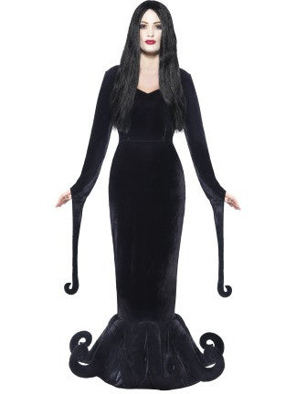 Duchess of the Manor/Morticia Addams