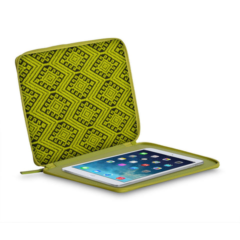 A+A Funda iPad flexible con brocado