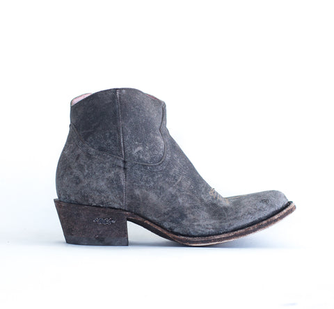 Miss Macie Womens Black Leather On My Way Scarred Fashion Boots