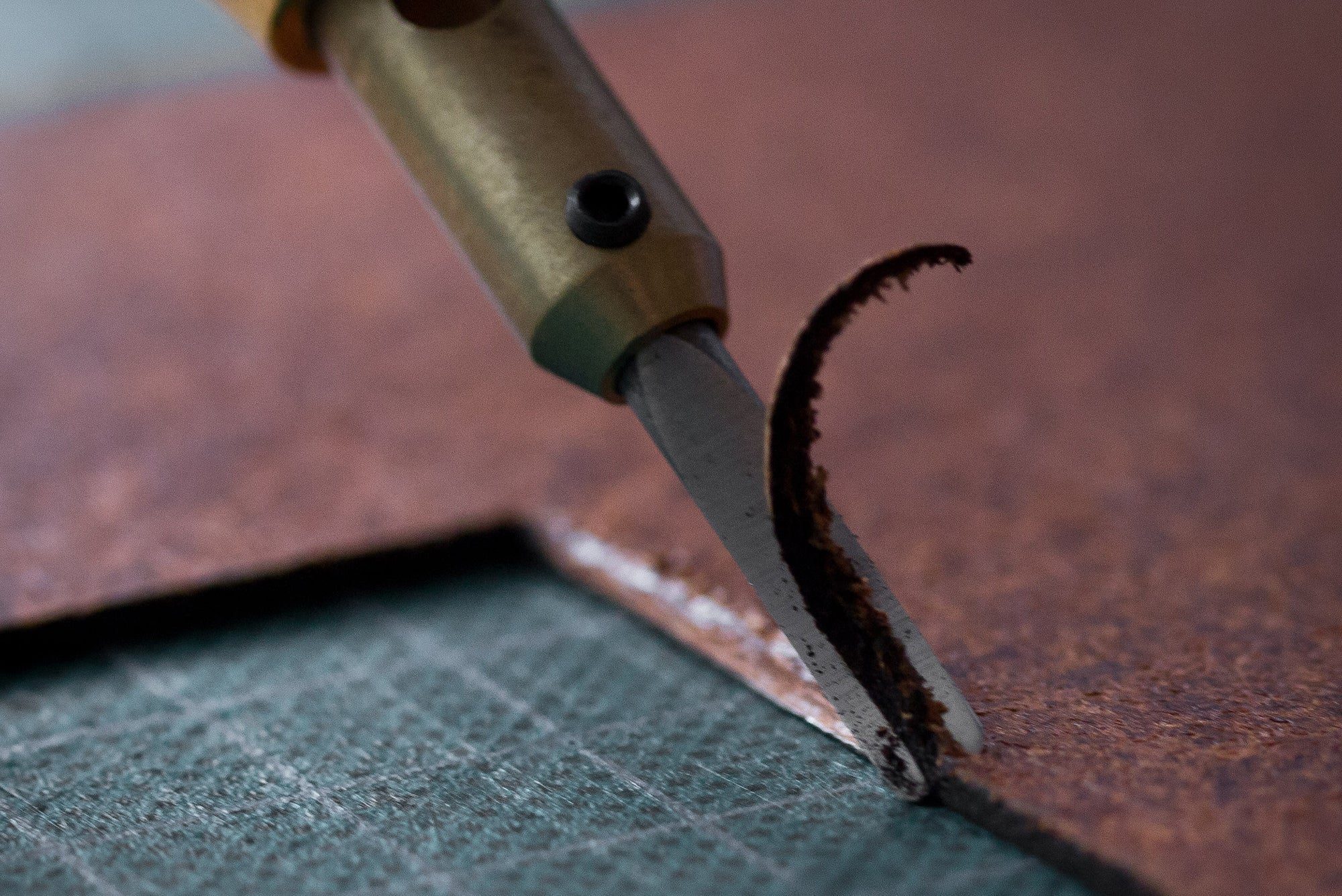 Wingback leather - bevelling