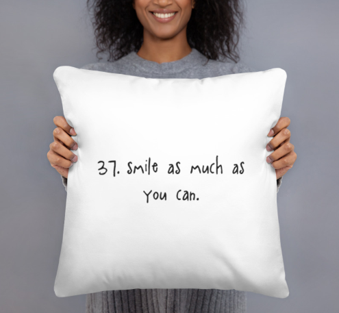 tip 37. white throw pillow.2 sizes.