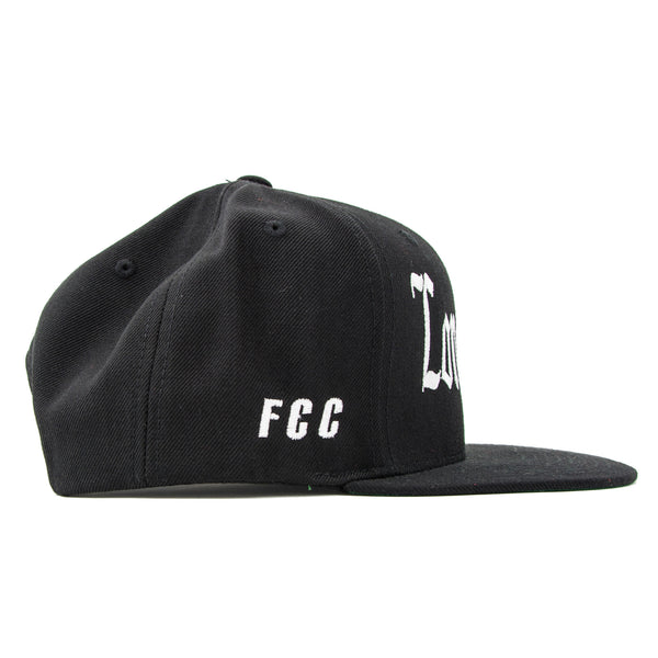 LONG ISLAND SNAPBACK IN BLACK