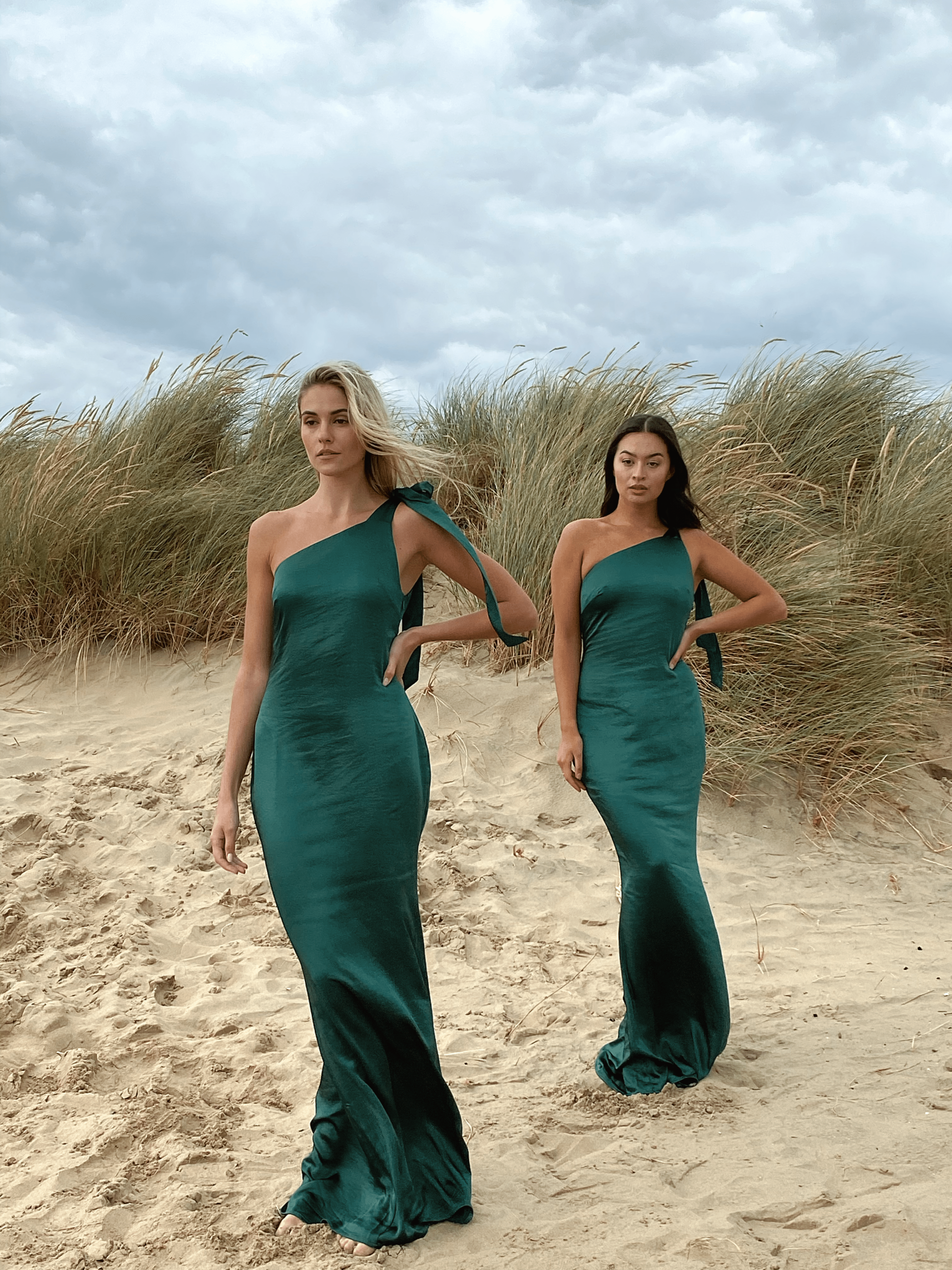 Amelia Maxi Tie Dress - Matte Emerald Green