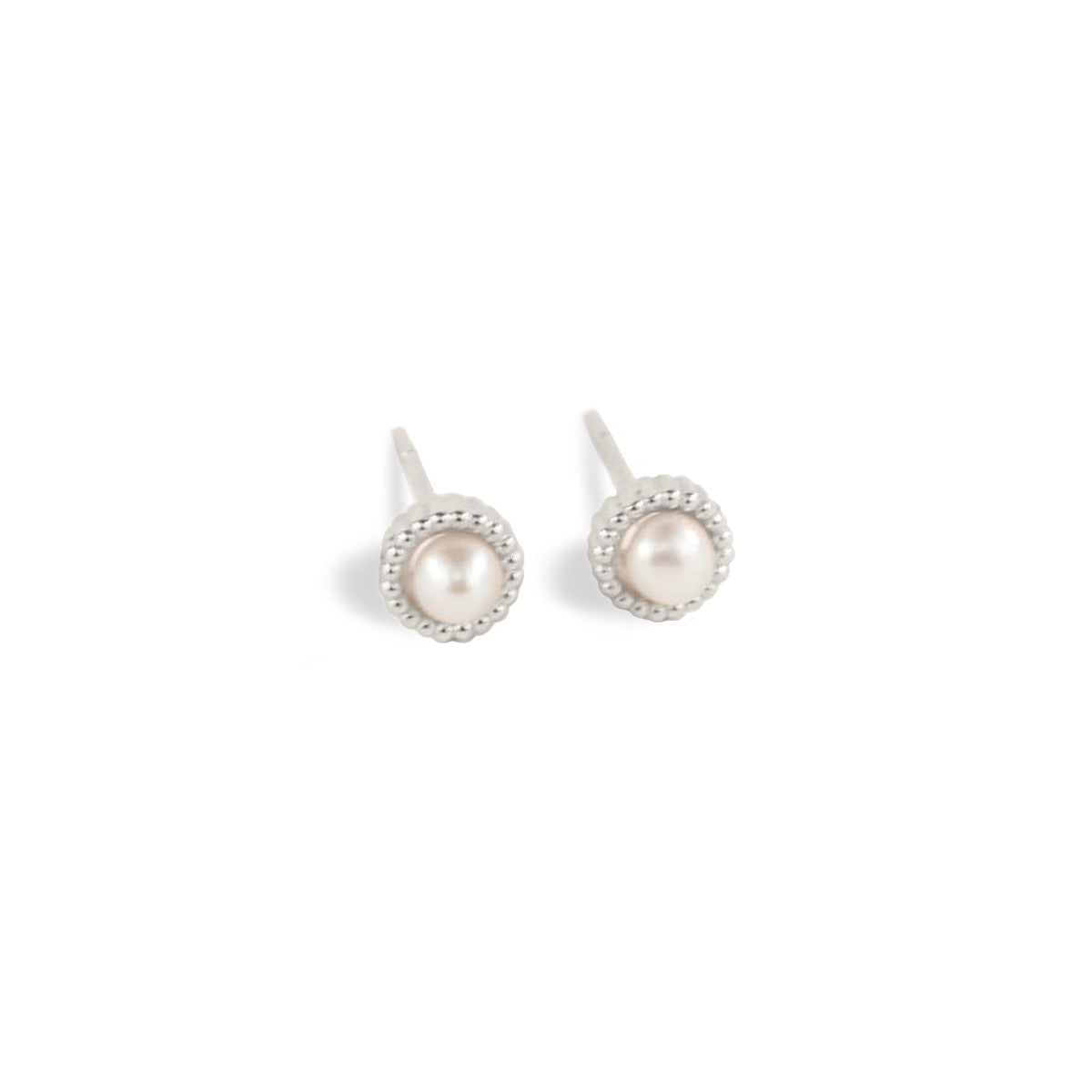 Single Pearl Stud