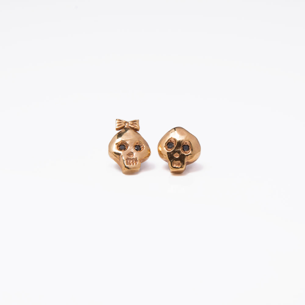 WD112 - Bone Head Studs