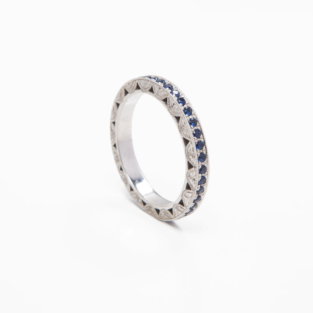 AD264 - Scalloped Side Eternity Band Hand