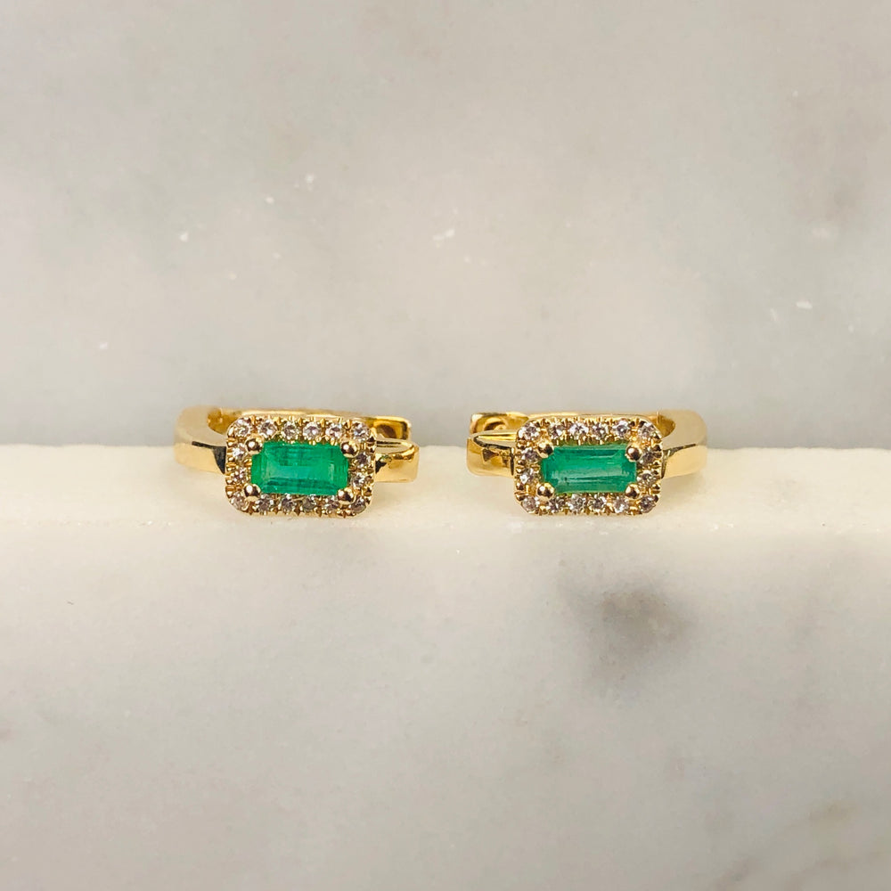 Wd646 14kt gold, .26ct Emerald with diamond halos huggie earring. Simple yet AMAZING