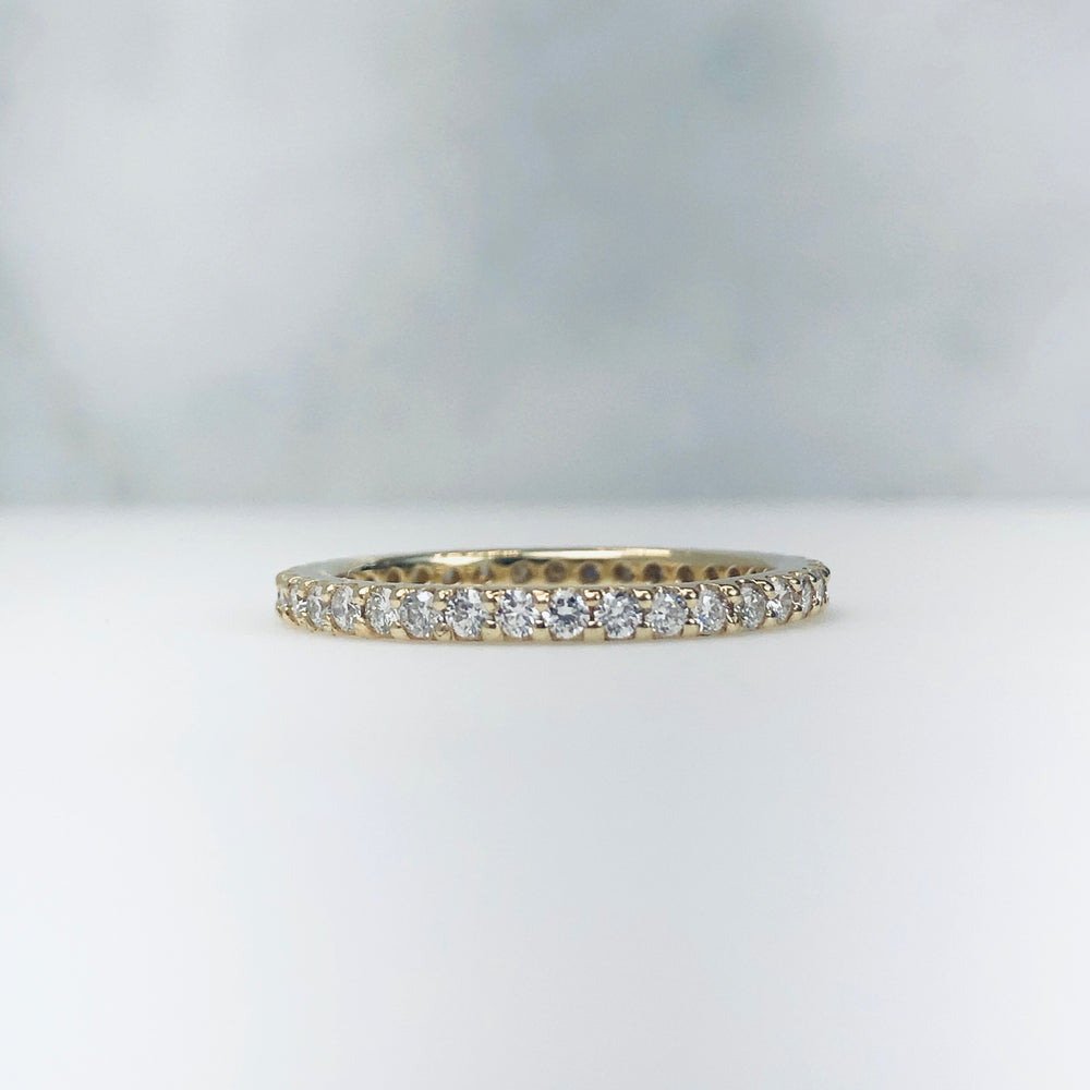AD98 - Diamond Shared Prong Eternity Band