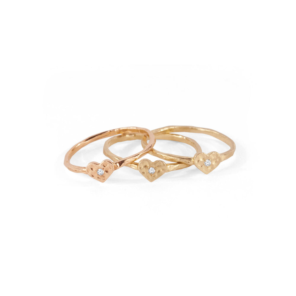 WD24, 14kt Gold with Diamond Tiny Heart Ring