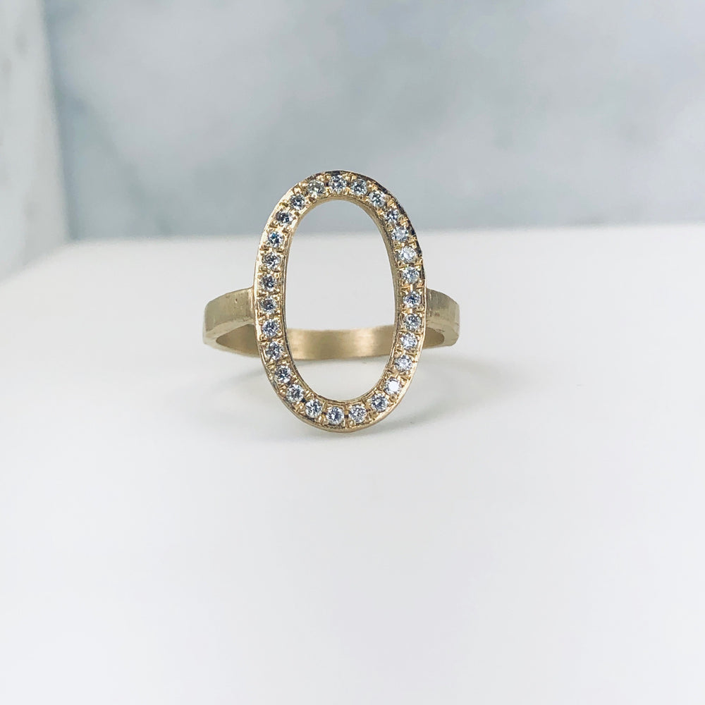 Wd106-W - The Diamond Open Oval Ring