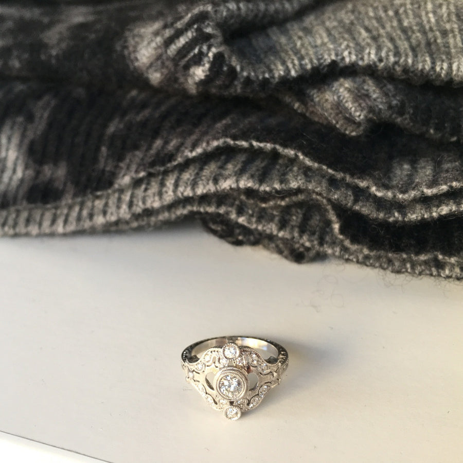 Hand Engraved 18kt Gold Diamond Antique Ring