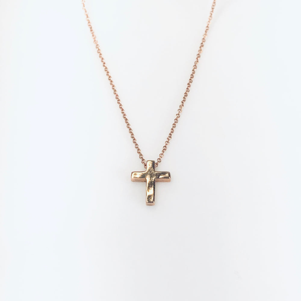 WD562 14kt Cross Necklace