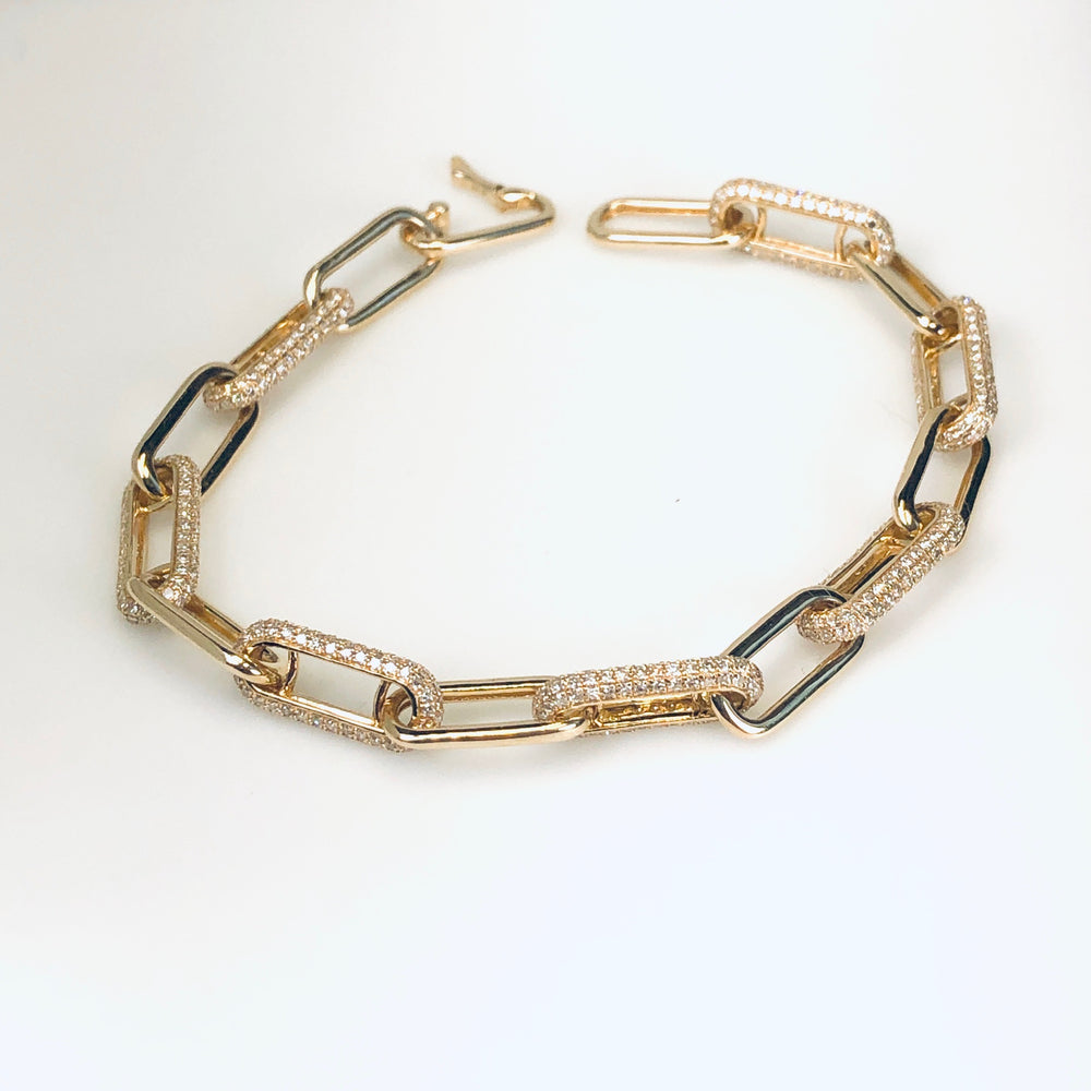 WD676 Large Open Linked with Pave Detail Bracelet