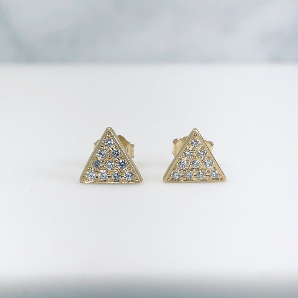 WD238 -  .18ct Pave Triangle Studs