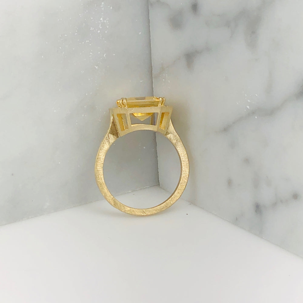 WD641 - Citrine Ring