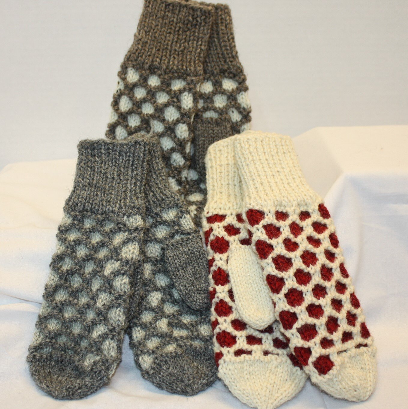 Knit Bubble Mittens