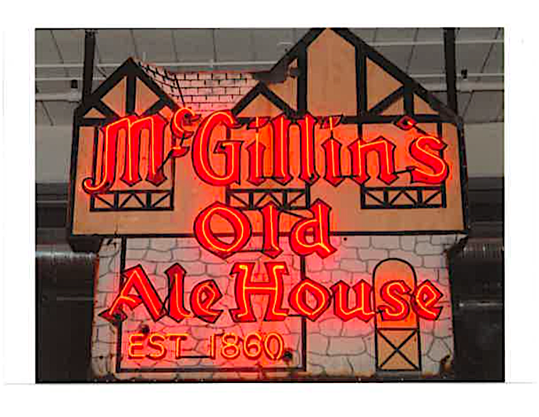 McGillin's Old Ale House Postcard